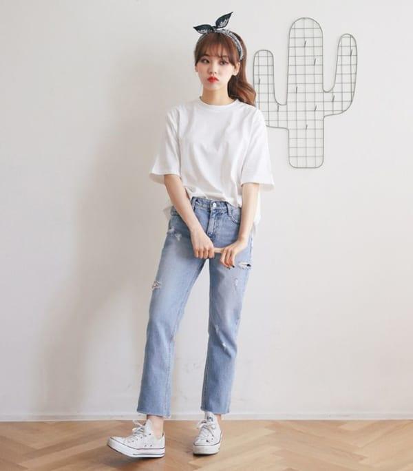 áo phông kết hợp quần jeans