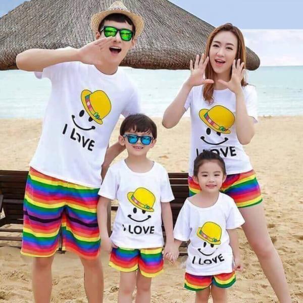 Đồng phục gia đình đi du lịch