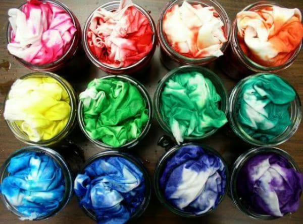 Nhuộm màu vải