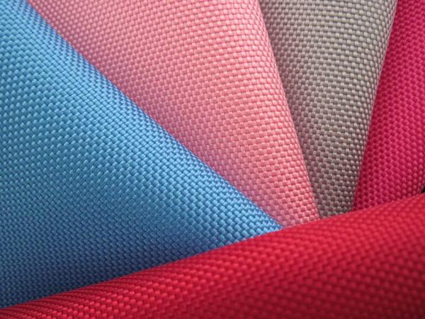 Mẫu vải Polyester trên thị trường