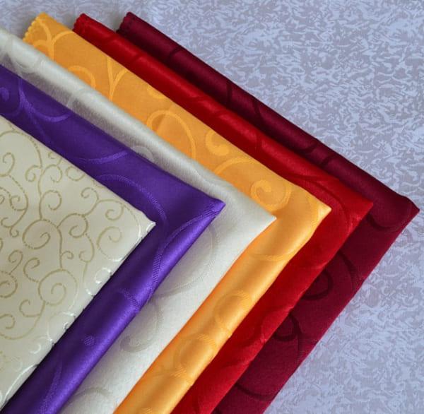 Vải gấm làm từ sợi tơ tằm