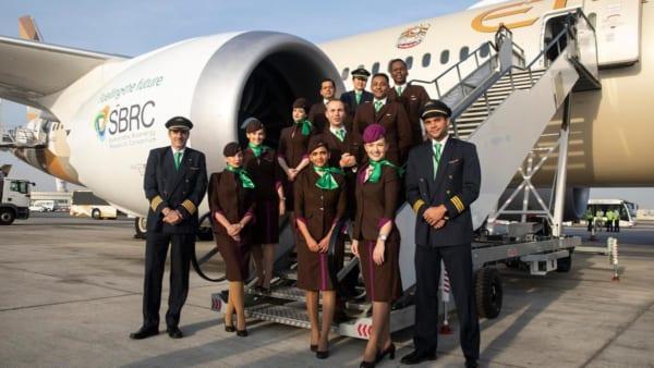 Đồng phục Etihad Airlines